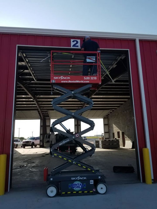 Building the new US 281 Truck And Trailer Services LLC Truck Shop In Edinburg