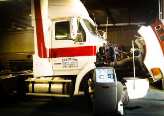 Air Conditioning Service in Trucks and trailers in Edinburg by US 281 Truck and Trailer Services LLC