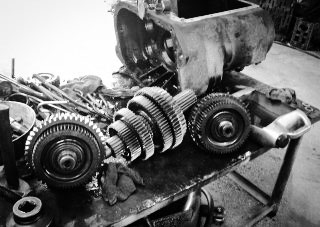 Transmission And Differential Overhauls in Edinburg At The US 281 Truck And Trailer Services LLC Workshop